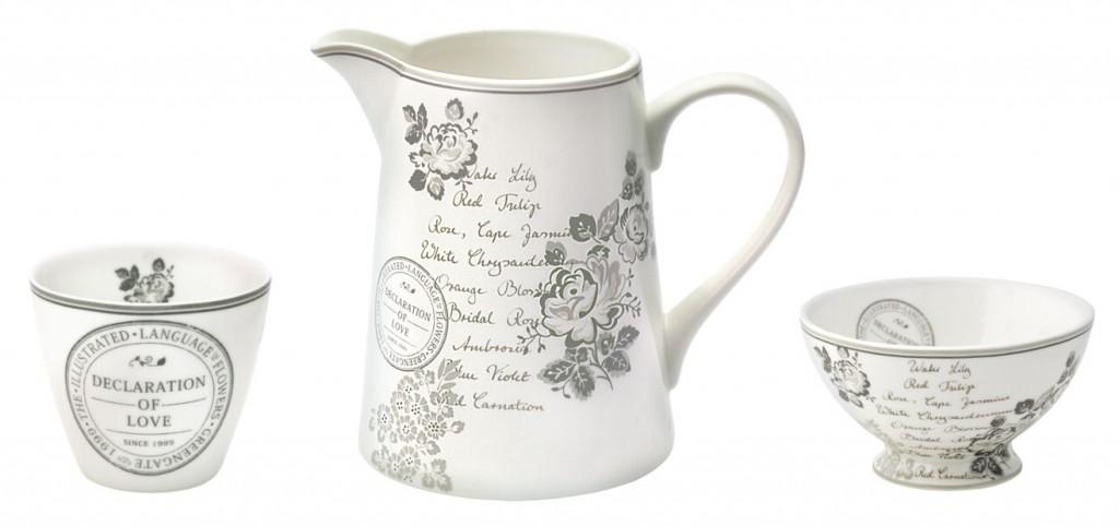 """Kaffee-Becher, Tee-Kanne und große und kleine Schüsseln aus dem romantischen Greengate-Design """"Dora"""" (Frühjahr/Sommer 2012)"""