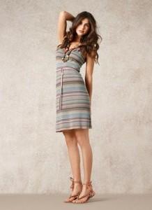 """Das gestreifte Kleid 1-1070-1 ist ein Lieblingsstück der Designerin von Noa-Noa und ist in Noa-Noa´s Sommerkollektion 2012 """"Cote d`Azur"""" zu finden."""