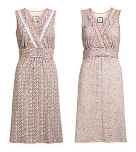 Taillierte Kleider von Container - 3-3170 und 3-3171