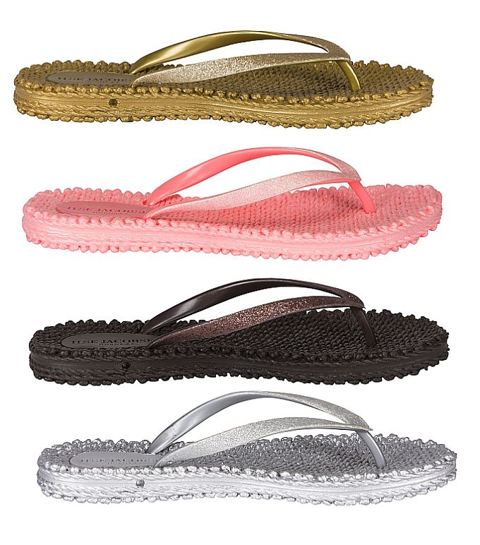 Flip-Flops in Gold, Grapefruit, Prune und Silver