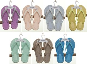 Neue Farben für die Cheerful Flip-Flops: Mullberry, Rose, Halogen Blue, Sunny Lime, Dusty Aqua, Atmosphere und Lake Blue