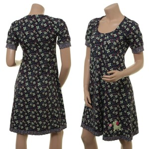 Das Kleid mit dem kleinen Hündchen: Jublende Jytte von Du Milde