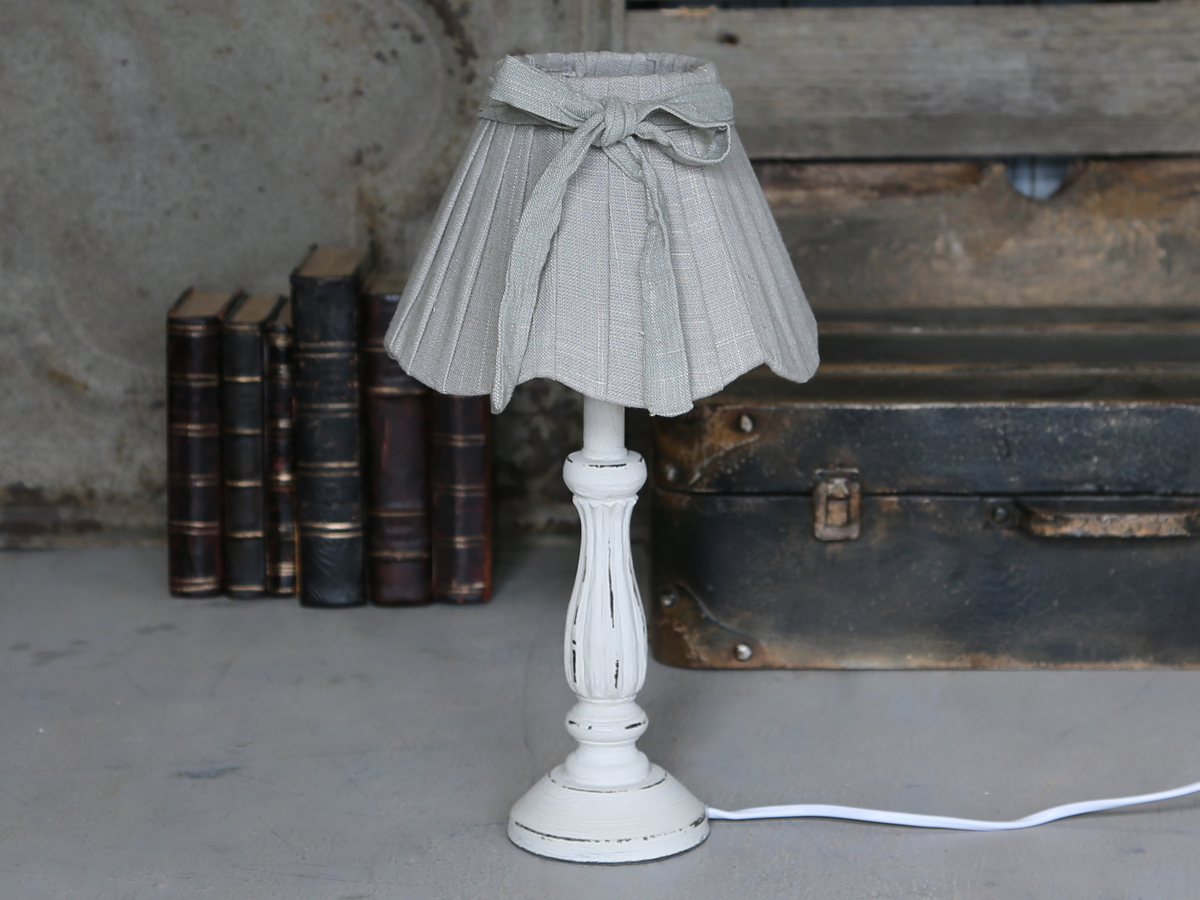 tischlampe mit schirm aus leinen d nische mode in dresden. Black Bedroom Furniture Sets. Home Design Ideas